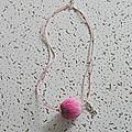 pendentif filaments roses 7 €