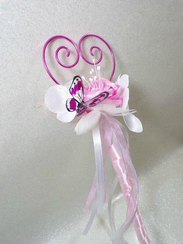 Bouquet baguette porte alliances mariage blanc rose papillon fillette
