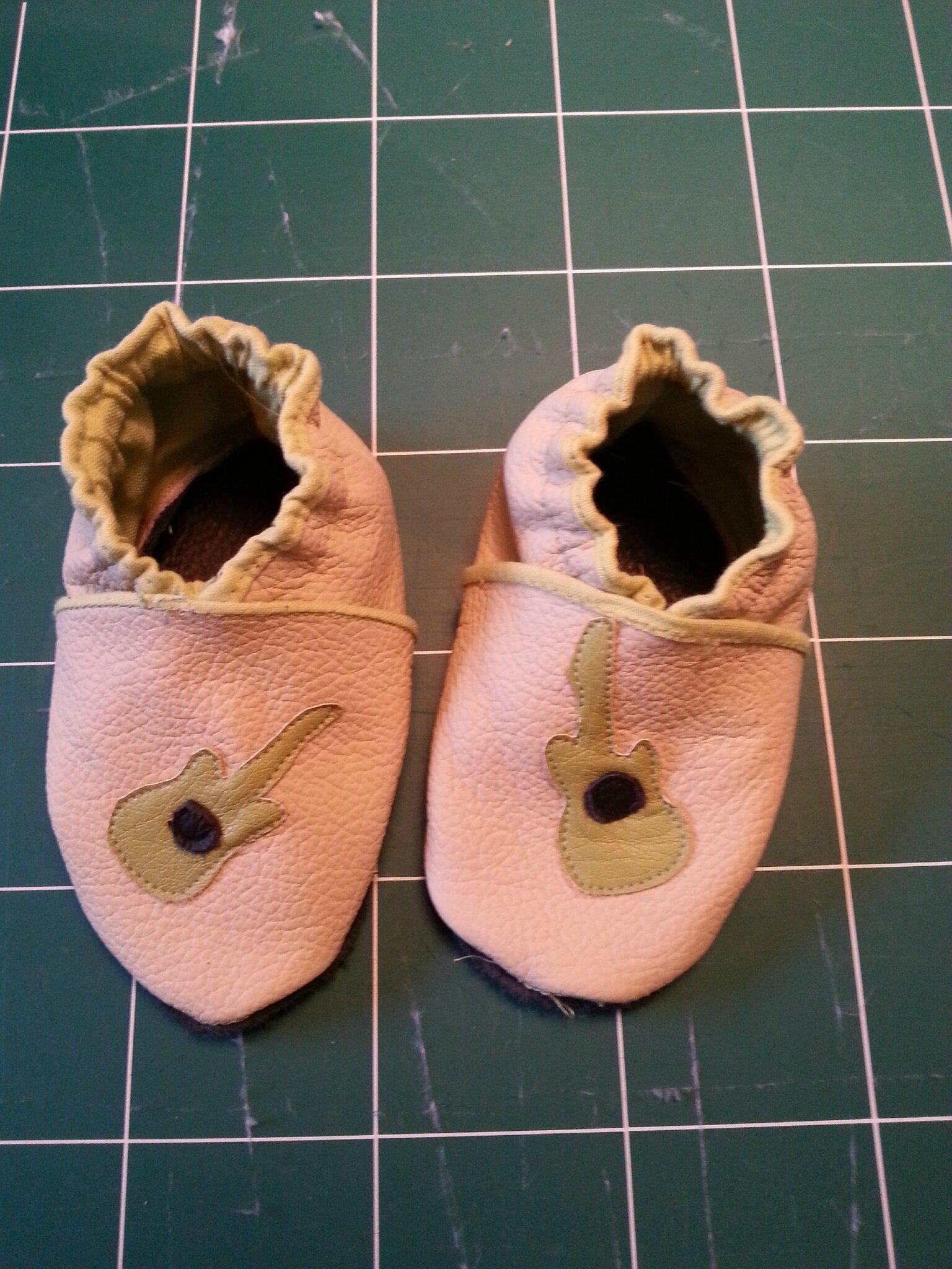 chaussons de cuir