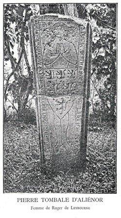 Pierre tombale d'Aliénor