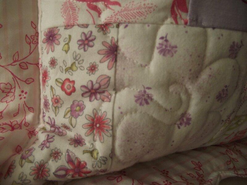 coussin shabby chic romantique les lutins d 39 amour. Black Bedroom Furniture Sets. Home Design Ideas