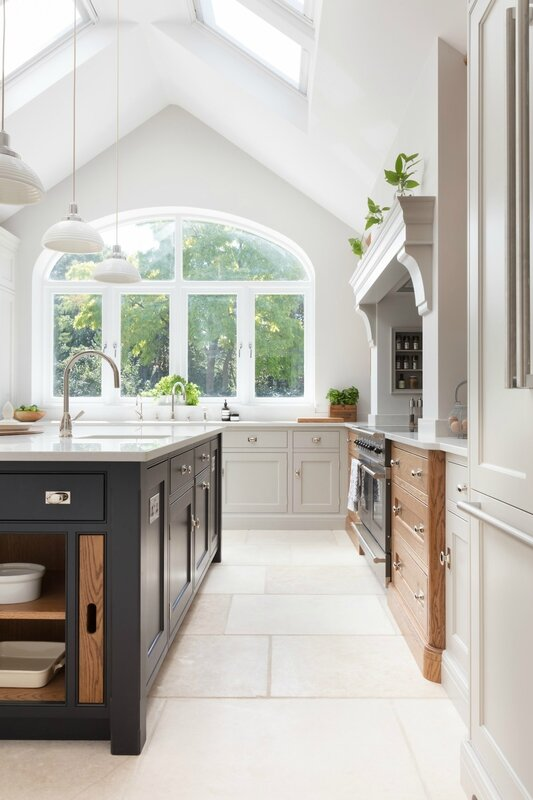 Barnes-Village-Luxury-Bespoke-Kitchen-Humphrey-Munson-10