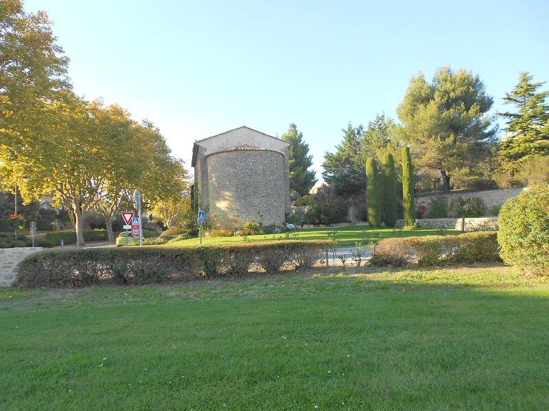le village (42)