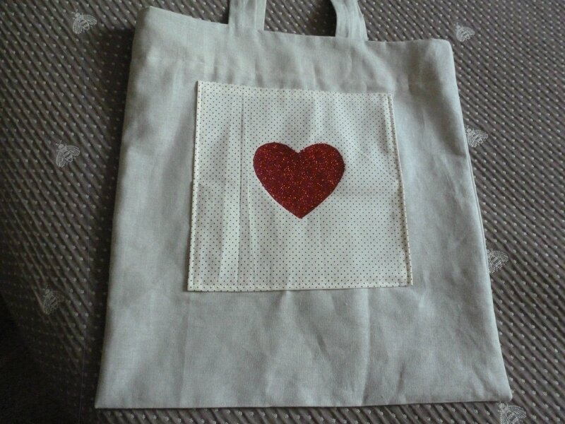 tote-bag coeur pailletté rouge