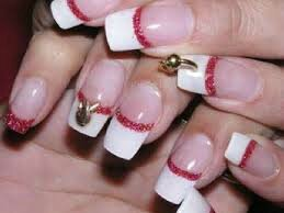 Piercing ongles1