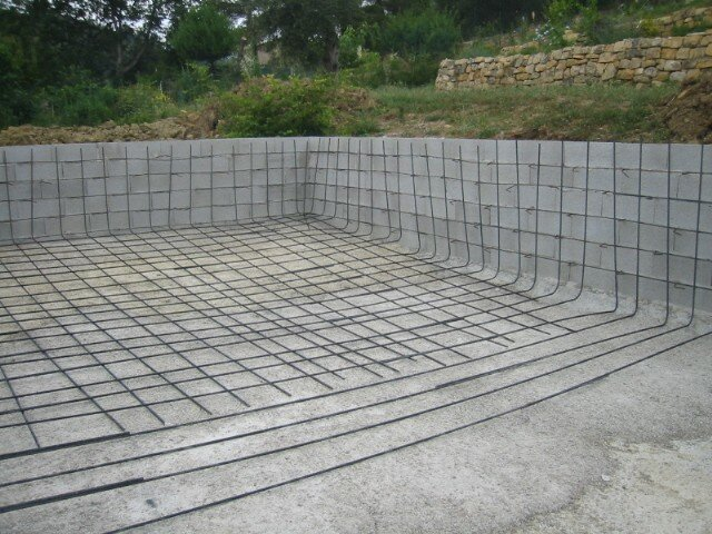 Construction d 39 une piscine eurl luciani alain for Construction piscine 41