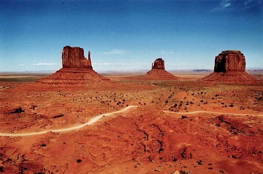 KE1_MONUMENT_VALLEY