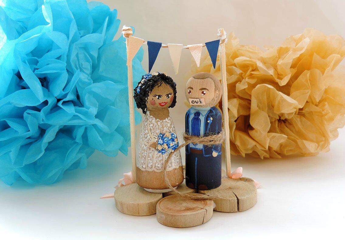Cake toppers figurines personnalisée en bois pour un mariage - décoration gâteau mariage