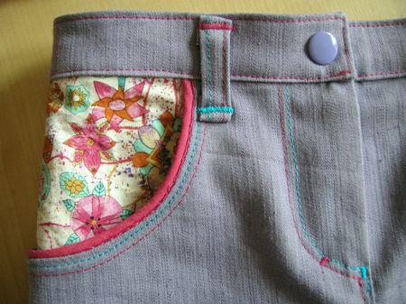 detail jean devant