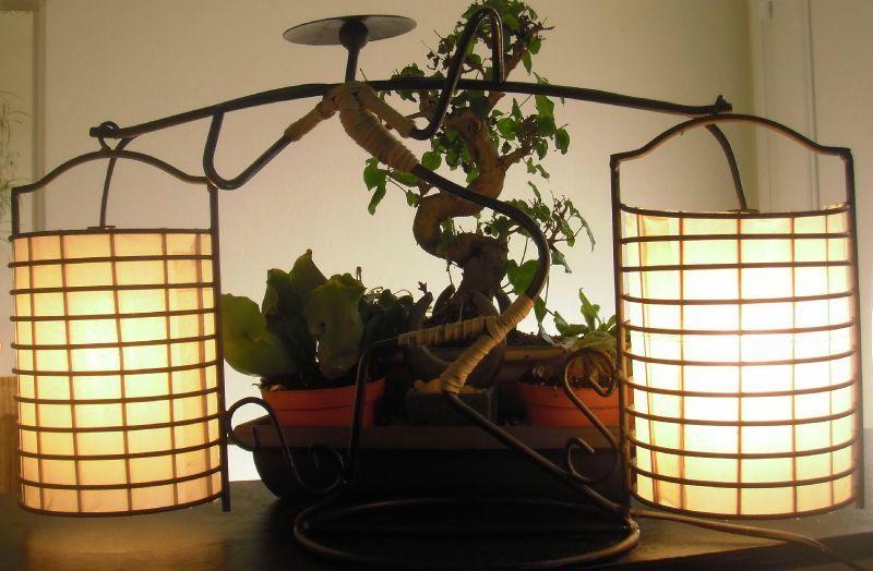 lampe poser le porteur asiatique v lumine cr ation luminaire eco con u. Black Bedroom Furniture Sets. Home Design Ideas