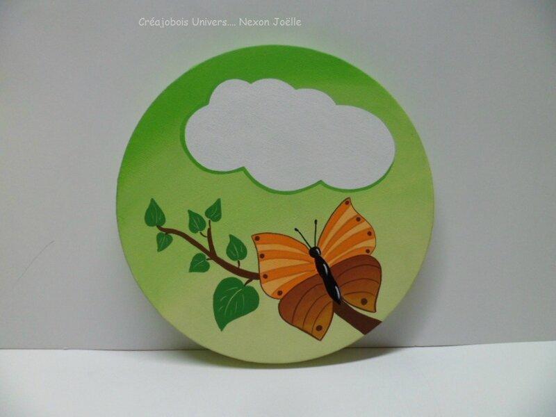 toile ronde papillon