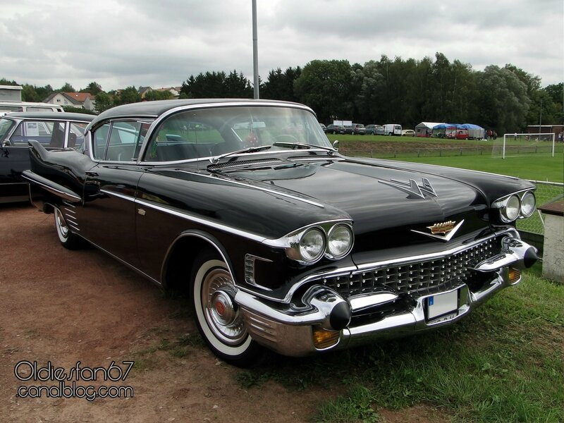 cadillac-62-coupe-deville-1958-01