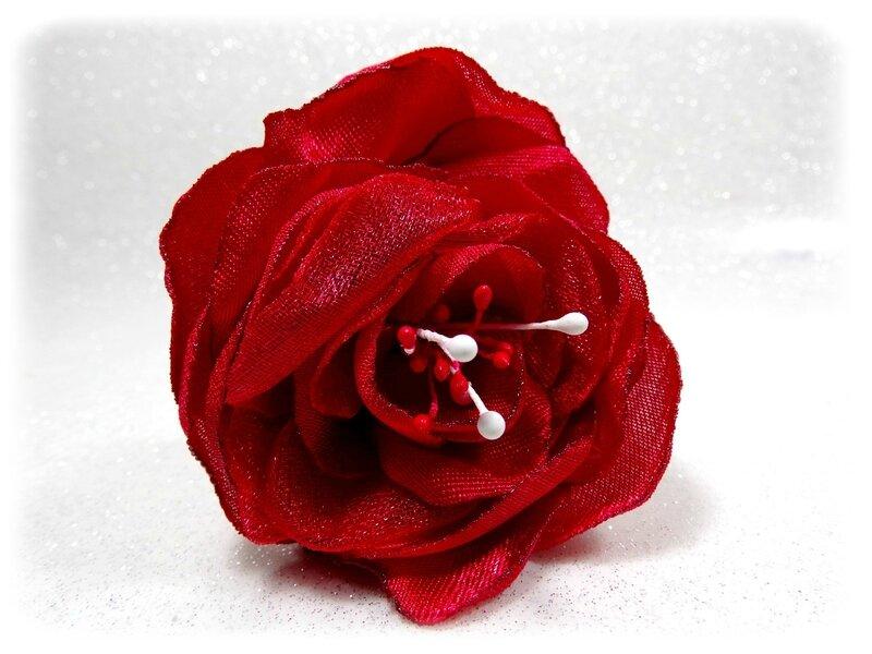 Epingles à cheveux fleurs rouge blanc perles fait main mariage