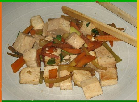 poel_e_de_tofu_aux_petits_l_gumes__1_