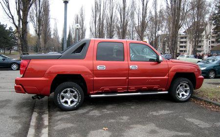 Chevrolet_avalanche_pickup__Strasbourg__02