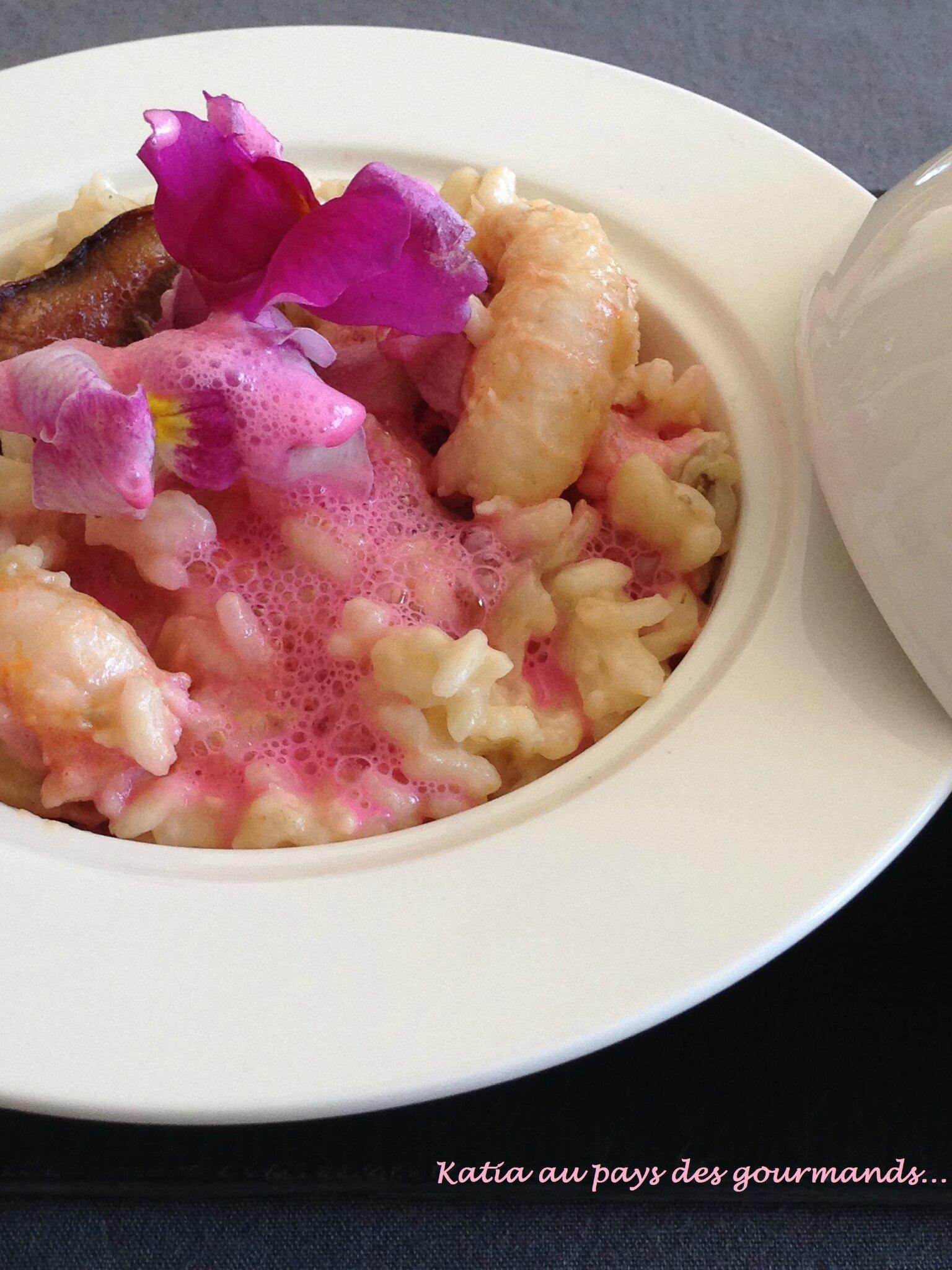 Risotto aux langoustines et cèpes accompagné de son écume au champagne rosé