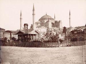 Istanbul___Pascal_Sebah__1823_1886____Vue_de_Constantinoples___5_Mosqu_e_de_Sainte_Sophie___1880s