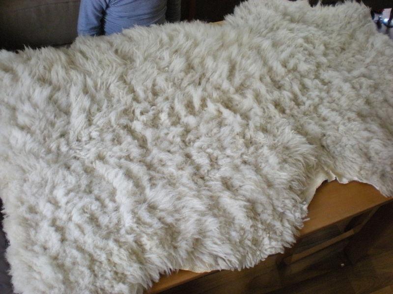 peau de mouton yokocouture. Black Bedroom Furniture Sets. Home Design Ideas