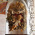 Les globes et les couronnes de mariées