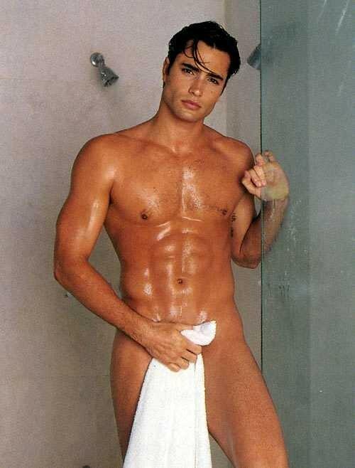 голые актеры фото мужчины