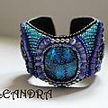 Bracelet brodé /bead embroidered bracelet