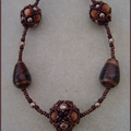 Collier BB or marron