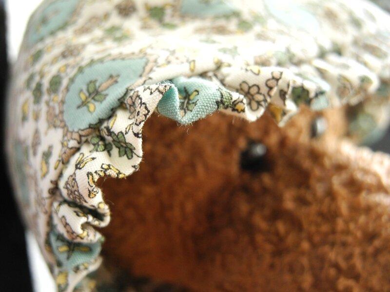 Patrons Bonnet Bébé/Liberty & C°- Tissus Papi