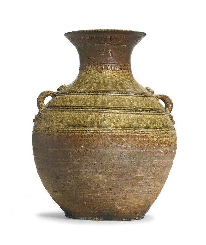A green-glazed stoneware jar, hu, Western Han dynasty