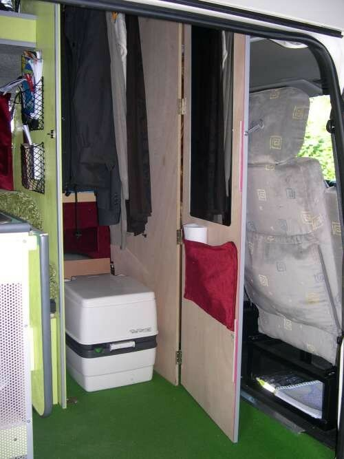 cabinet toilettes combi volkswagen transporter t4 photo de 3 me am nagement t4 camping car. Black Bedroom Furniture Sets. Home Design Ideas