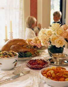 thanksgiving_dinner_table