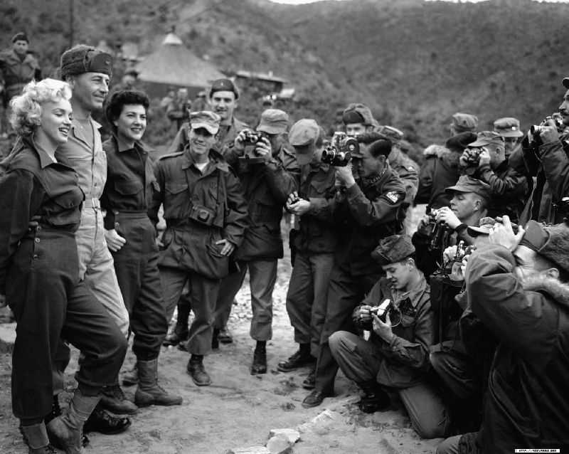 1954-02-16-3_seoul-with_col_william_K_jones_jeanOdoul-by_walt_durrell-1
