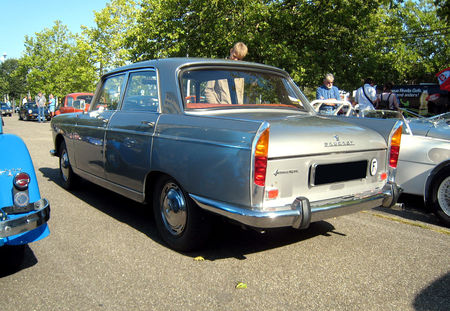 Peugeot_404_SL_de_1967__Retrorencard_septembre_2009__02