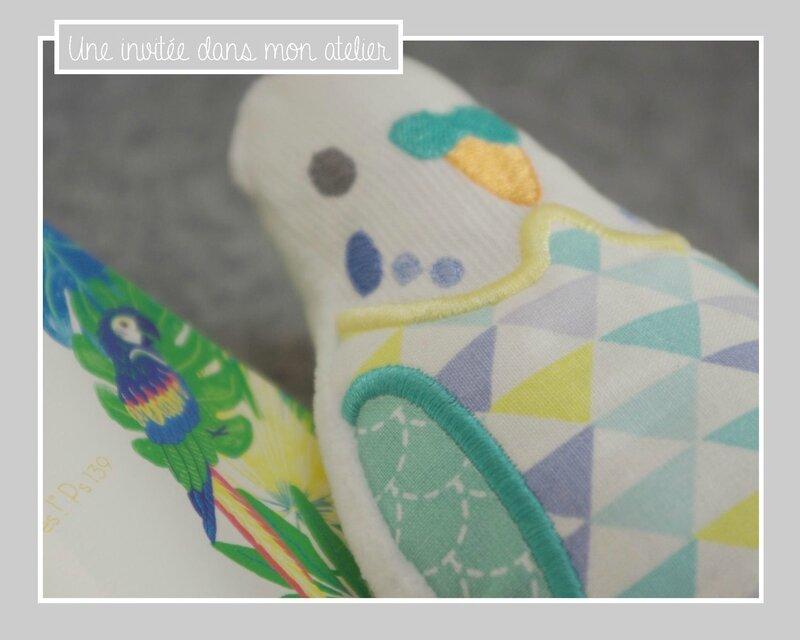 doudou perroquet