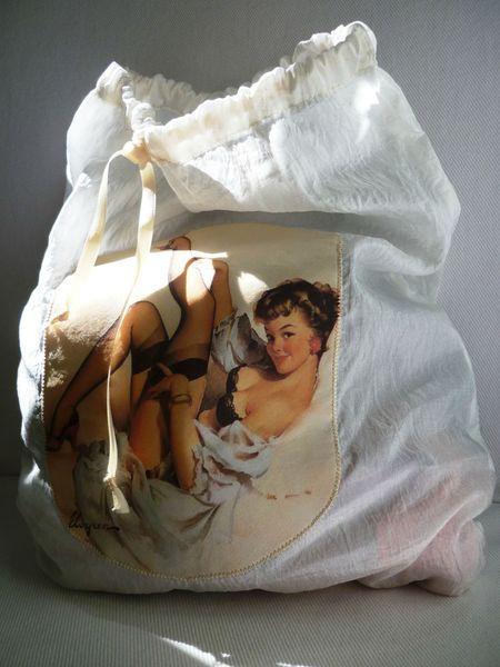 pochette lingerie pin-up soie blanche