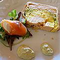 Terrine de mousseline de saumon , pétoncles et asperges et son nem de saumon fumé