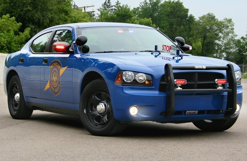 2006_Michigan_State_Police_Dodge_Charger_1