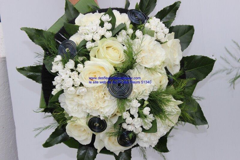 bouquet de mariée fleurs blanches et noires (27)