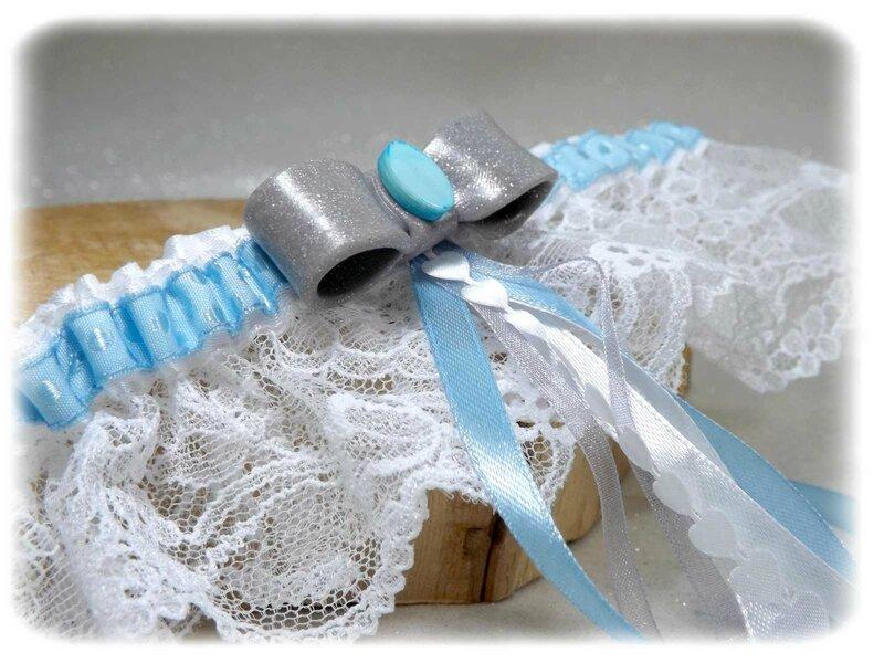 Jarretière de mariage hivernal dentelle bleu blanc gris