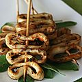 Brochettes de calamars  la sauge et piment