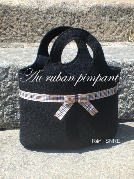 Sac noir ruban écossais - 25 euros