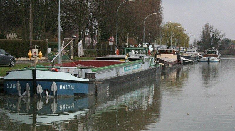 Tiens voila du bateau peniche kairos for Kairos peniche