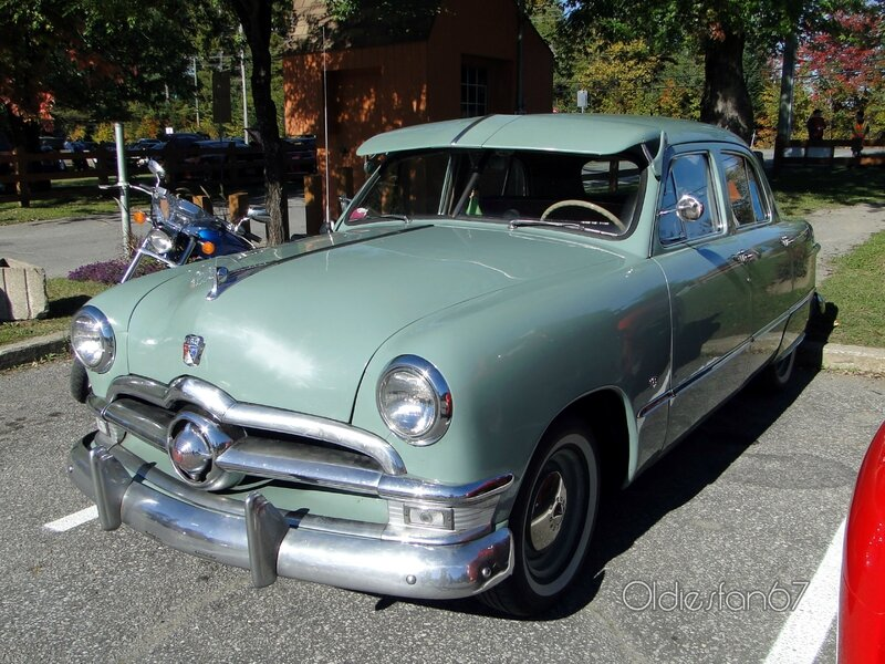ford-deluxe-fordor-1950-a