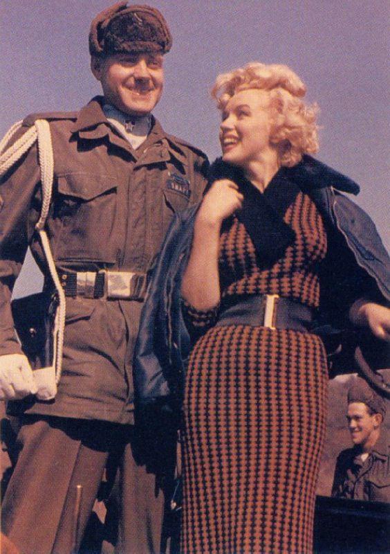 1954-02-18-korea-2nd_division-wool_dress-010-1