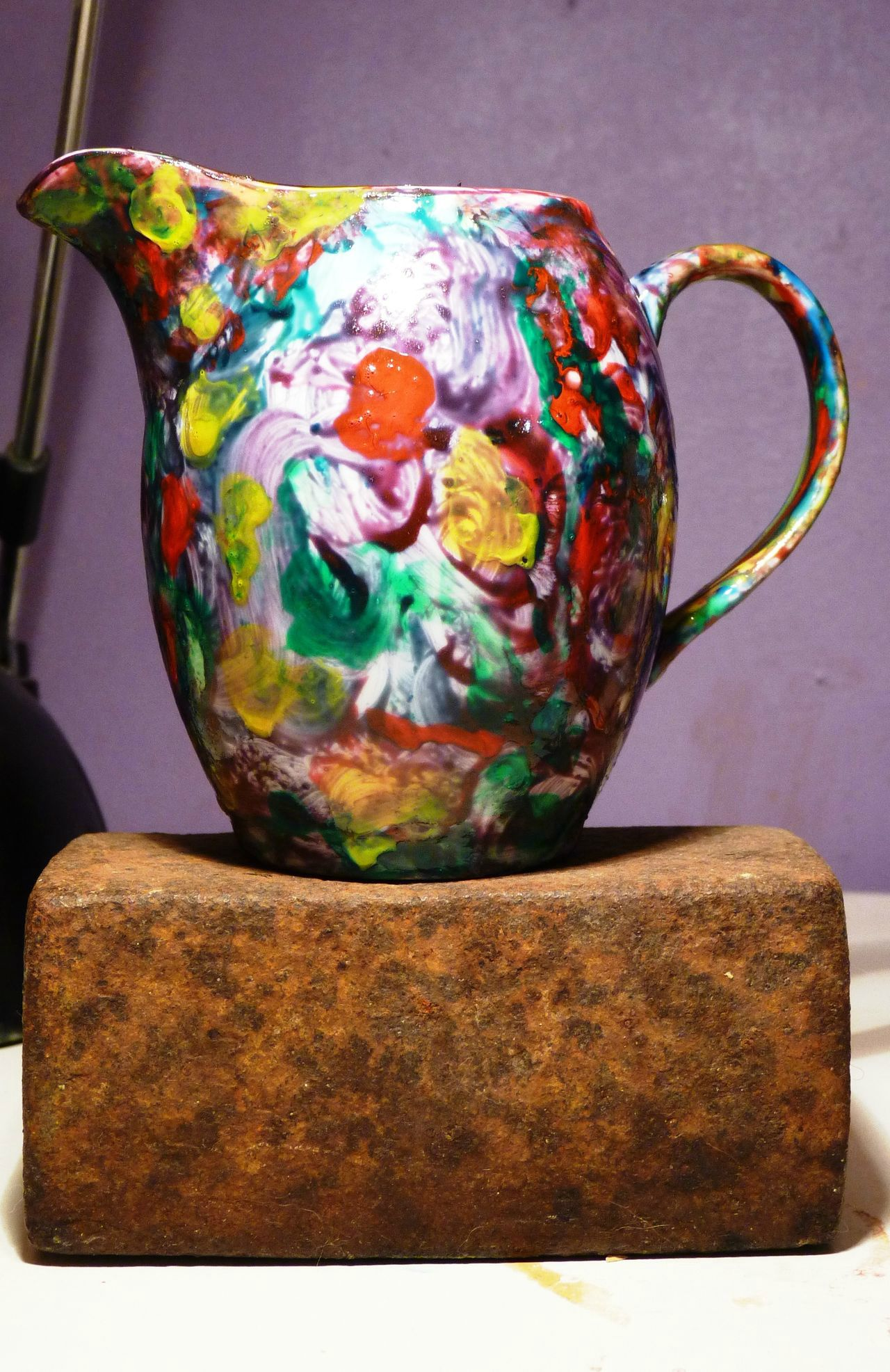 D coration peinture sur porcelaine l 39 atelier d 39 art de for Decoration sur porcelaine
