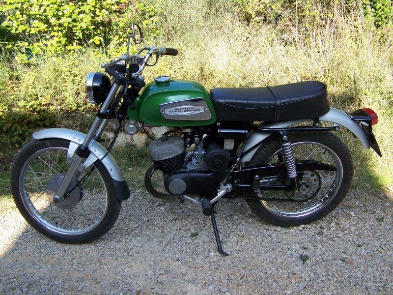 Harley Davidson 125 Cm3 Harley 125 Cm3 Cantalamoto