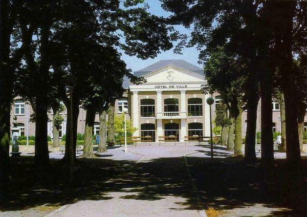 FOURMIES-Hôtel de Ville