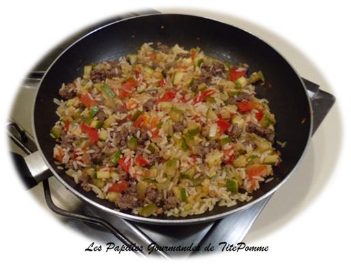 Riz 224 La Courgette Tomate Et Steak Hach 233 A Emporter