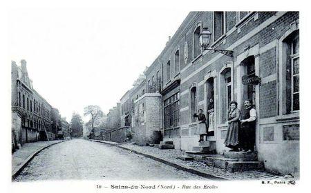 SAINS DU NORD-Rue des Ecoles