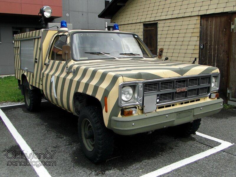 gmc-sierra-35-firetruck-1977-1978-01