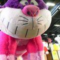 Peluche géante du Chat de Cheshire